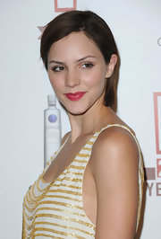 Singer Katherine McPhee ditched the blonde and went back to her brunette roots while attending the E! Celebration.
