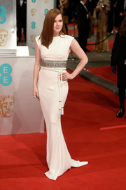 Amy Adams looked simply flawless at the EE British Academy Film Awards in a white Lanvin column dress with a crystal waistband.