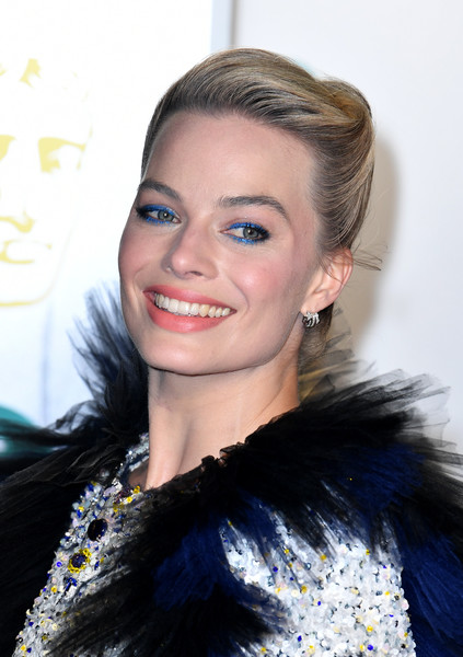Margot Robbie went for a glamorous French twist at the EE British Academy Film Awards.