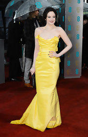 Marion Cotillard wasn't the only one who opted to wear yellow for the fancy function. Andrea Riseborough also looked superb in this electric hue courtesy of Vivienne Westwood. We love that she still wore dark nails and carried a black clutch with this vibrant design.