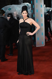 Sarah Silverman went for an all-black look in this simple evening design. We love when she wears her dark raven tresses up for occasions like this.