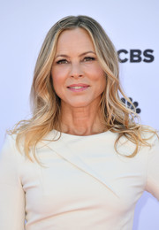 Maria Bello sported a simple wavy hairstyle at the XQ Super School Live.