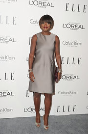 Viola Davis wore a diamond graphite ice five-row cuff with black and white diamonds and a five-row confetti bracelet with black pave diamonds at the 'Elle' 18th Annual Women in Hollywood Tribute. On her other wrist she wore a Wheaton cuff bracelet in sterling silver and 18-carat yellow gold and a three-row confetti ice bracelet with pave diamonds.
