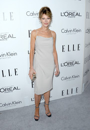 Robbie Myers was all about simple sophistication at the Elle Women in Hollywood celebration in this light gray camisole dress.