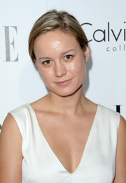 Brie Larson sported a casual side-parted ponytail at the Elle Women in Hollywood celebration.