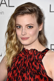 Gillian Jacobs attended the Elle Women in Hollywood event wearing a side sweep that was equal parts edgy and sweet.