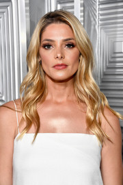 Ashley Greene was gorgeously coiffed with long blonde waves during Elle's Women in Hollywood celebration.