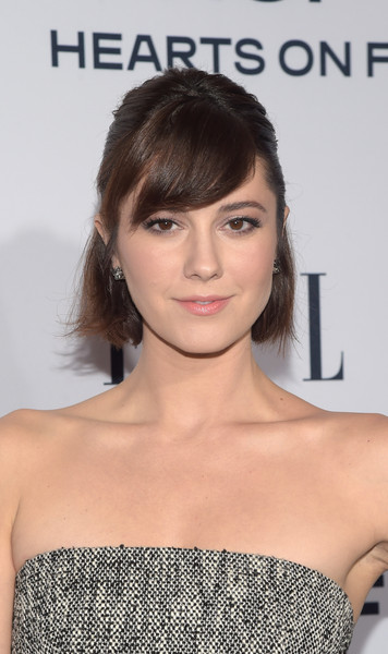 Mary Elizabeth Winstead wore a cute half-up 'do with eye-grazing bangs at the Elle Women in Television dinner.