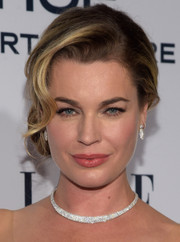 Rebecca Romijn channeled Old Hollywood with this glamorous side chignon for the Elle Women in Television dinner.