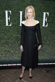 Nicole Kidman was pure elegance in a long-sleeve Valentino Couture LBD with contrast shoulders while attending Elle's Women in Television celebration.