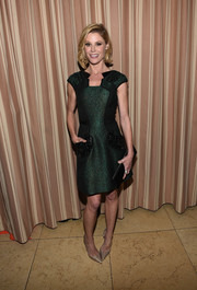 Julie Bowen looked fabulous at ELLE's Annual Women in Television Celebration in an emerald green dress with beaded pockets.