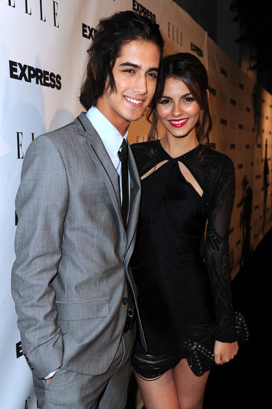 More Pics of Victoria Justice Ponytail (1 of 34) - Victoria Justice Lookbook - StyleBistro [suit,fashion,hairstyle,formal wear,outerwear,event,fun,premiere,fashion design,dress,victoria justice,event - arrivals,actpr avan jogia,west hollywood,california,palihouse holloway,elle,event]