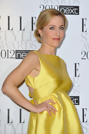 Gillian Anderson attended the 2012 'Elle' Style Awards wearing her hair in a loose bun.