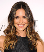 Odette Annable looked oh-so-pretty with her beachy waves during the Elle Women in Television celebration.
