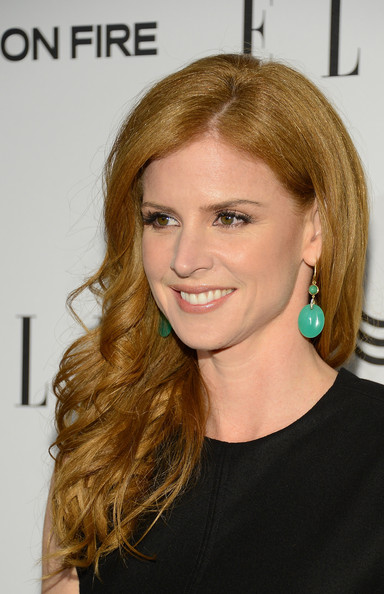 More Pics of Sarah Rafferty Red Nail Polish (2 of 8) - Sarah Rafferty Lookbook - StyleBistro