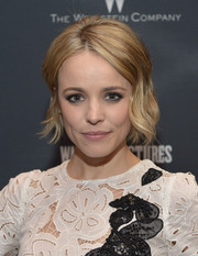 Rachel McAdams attended the screening of 'Southpaw' wearing a demure wavy 'do.