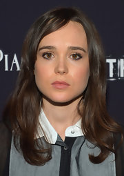 Ellen Page went for minimal styling at the premiere of 'The East' with this simple wavy 'do.