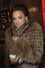 This toasty fur coat helped Estefania fight off the chill in an elegant fashion.
