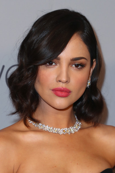 Eiza Gonzalez Curled Out Bob [hair,face,hairstyle,eyebrow,lip,chin,black hair,shoulder,beauty,forehead,eiza gonzalez,beverly hills,california,the beverly hilton hotel,instyle,red carpet,warner bros. 75th annual golden globe awards,warner bros. 75th annual golden globe awards post-party]
