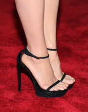Lucy Liu hit the red carpet wearing ultra-chic black platform sandals at the 'Elementary' panel during PaleyFest.
