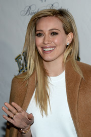 Hilary Duff showed off a chic layered cut at the 'Elephant Man' opening.