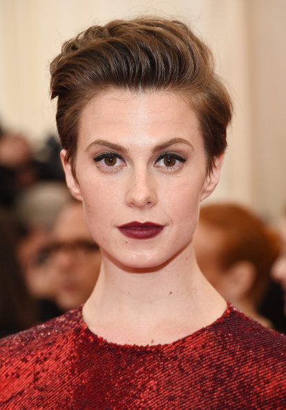 Elettra Wiedemann Short Side Part [charles james: beyond fashion costume institute gala,hair,face,eyebrow,lip,hairstyle,fashion,beauty,chin,skin,forehead,red carpet arrivals,elettra rossellini wiedemann,part,new york city,metropolitan museum of art,met gala]