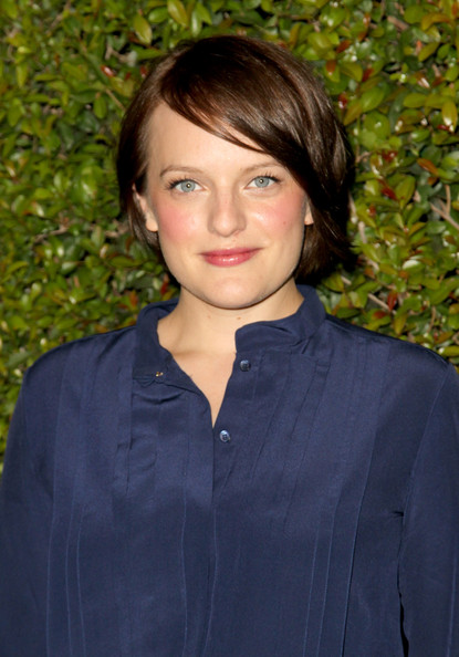 Elisabeth Moss Short Side Part