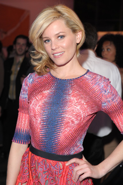 Elizabeth Banks Medium Curls