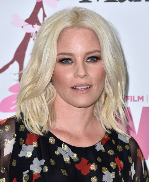Elizabeth Banks Medium Wavy Cut [film,hair,blond,human hair color,eyebrow,hairstyle,chin,beauty,layered hair,forehead,long hair,women,elizabeth banks,arrivals,women in film 2017 crystal lucy awards,crystal lucy awards,the beverly hilton hotel,california,max mara,bmw]