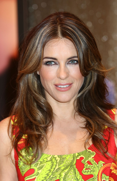More Pics of Elizabeth Hurley Layered Cut (1 of 20) - Elizabeth Hurley Lookbook - StyleBistro