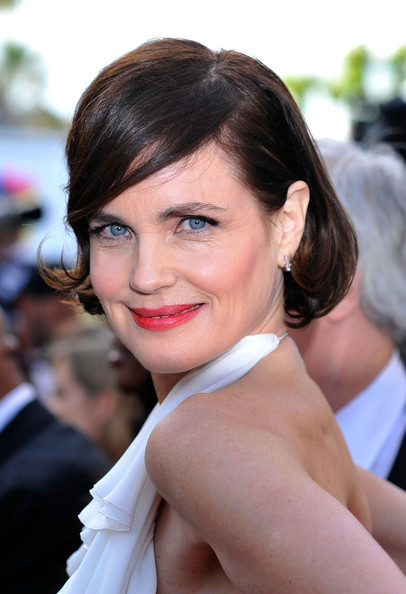 Elizabeth McGovern Bob [once upon a time,hair,hairstyle,face,eyebrow,beauty,chin,lip,skin,lady,long hair,elizabeth mcgovern,once upon a time premiere,cannes,france,cannes film festival,palais des festivals]