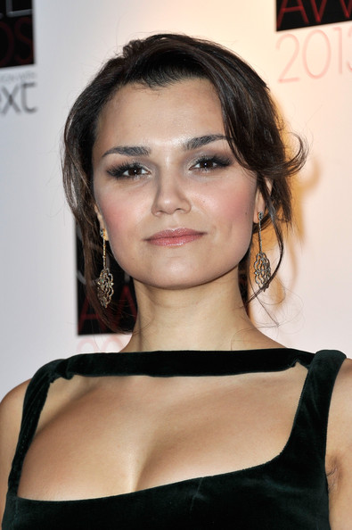 More Pics of Samantha Barks Leather Clutch (1 of 8) - Leather Clutch Lookbook - StyleBistro