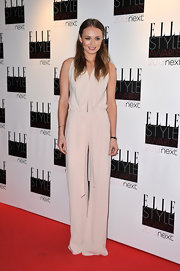 Laura looked edgy yet demure in this draped nude jumpsuit at the Elle Style Awards.