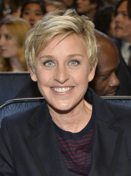 Ellen DeGeneres Messy Cut [hair,face,blond,hairstyle,eyebrow,chin,forehead,lip,premiere,layered hair,peoples choice awards,california,los angeles,nokia theatre l.a. live,ellen degeneres,audience]