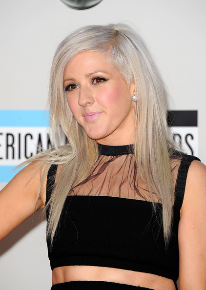 Ellie Goulding Diamond Studs [hair,blond,human hair color,beauty,hairstyle,chin,long hair,shoulder,fashion model,girl,arrivals,ellie goulding,american music awards,los angeles,california,nokia theatre l.a. live]