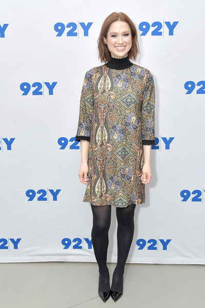 More Pics of Ellie Kemper  Pumps (1 of 6) - Heels Lookbook - StyleBistro [ellie kemper,michelle collins,author,book,my squirrel days,book,clothing,fashion,fashion model,dress,footwear,fashion design,tights,leg,electric blue,joint,new york city,92nd street y]