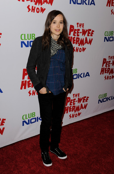 Elliot Page Leather Lace-ups [the pee-wee herman show,flooring,fashion,carpet,outerwear,product,red carpet,long hair,pattern,event,plaid,outerwear,elliot page,red carpet,carpet,fashion,wear,leather,flooring,l.a. live,ellen page,shoe,celebrity,fashion,jeans,sports shoes,red carpet,casual wear,leather]