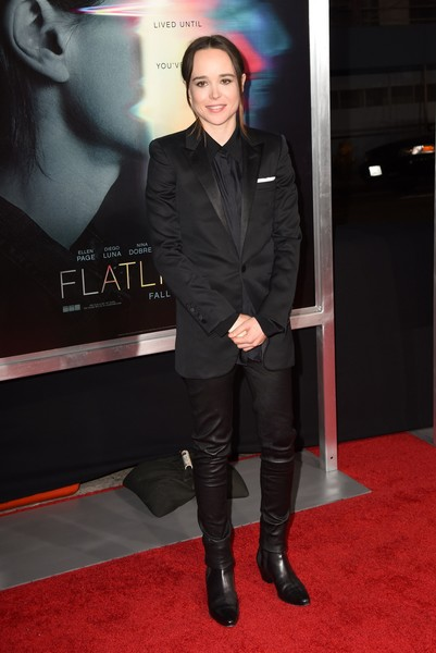 Elliot Page Blazer [flatliners,photo,carpet,red carpet,footwear,flooring,premiere,knee-high boot,outerwear,riding boot,arrivals,carpet,elliot page,red carpet,los angeles,columbia pictures,premiere,world premiere,emma portner,elliot page,flatliners,premiere,red carpet,los angeles,celebrity,black suit]