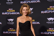 Elsa Pataky Strapless Dress