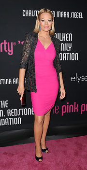 Jeri Ryan rocked pink for the Pink Party benefit!