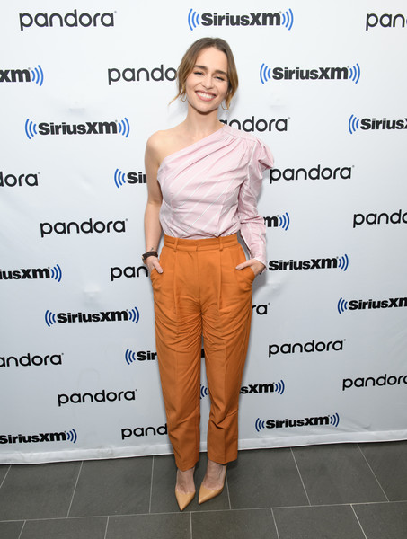 Emilia Clarke One-Shoulder Top [siriusxm town hall special with the cast of last christmas,last christmas,clothing,shoulder,footwear,fashion,joint,shirt,shoe,electric blue,style,smile,jessica shaw,emilia clarke,cast,special,new york city,siriusxm,siriusxm studios,radio broadcasting,emilia clarke,last christmas,new york,siriusxm satellite radio,hbo,10/29/2019,radio broadcasting]