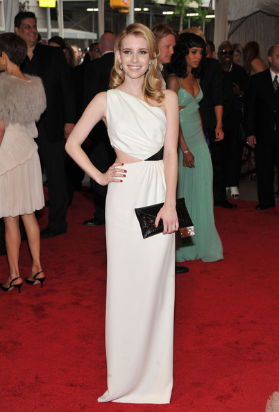 Emma Roberts Evening Dress Emma Roberts Dresses Skirts Lookbook Stylebistro