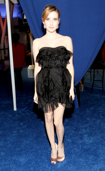Emma Roberts Platform Pumps [red carpet,fashion model,clothing,dress,shoulder,fashion,cocktail dress,joint,haute couture,strapless dress,hairstyle,emma roberts,peoples choice awards,california,los angeles,nokia theatre l.a. live]