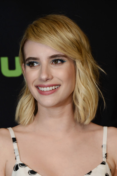 Emma Roberts Short Wavy Cut [scream queens,hair,face,blond,hairstyle,eyebrow,layered hair,beauty,chin,bangs,lip,emma roberts,los angeles,dolby theatre,california,hollywood,paley center for media,paleyfest]