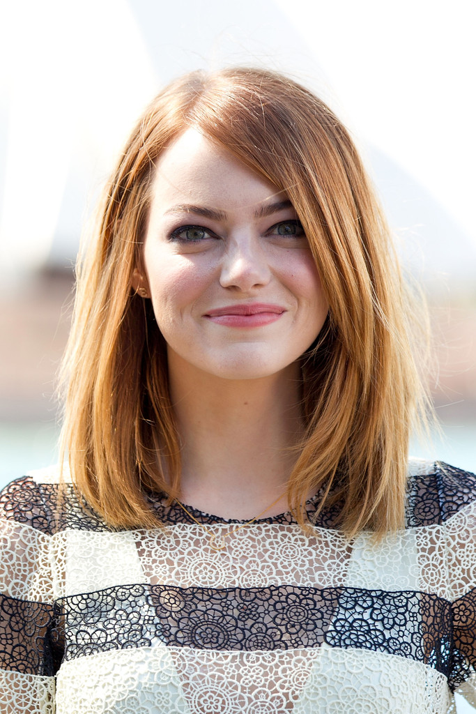 Prime Emma Stone Shoulder Length Hairstyles Emma Stone Hair Stylebistro Short Hairstyles Gunalazisus