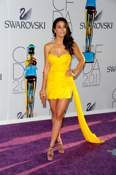 Emmanuelle Chriqui Box Clutch [clothing,yellow,dress,fashion,fashion model,red carpet,carpet,cocktail dress,hairstyle,strapless dress,arrivals,emmanuelle chriqui,alice tully hall,new york city,lincoln center,cfda fashion awards]