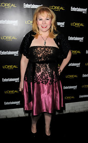 The coloring of Kristen Vangsness' ombre cocktail dress was stunning.
