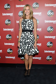 Lara Spencer opted for this quirky black-and-white square-print frock for her look at the ABC Upfront party in NYC.