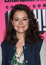Tatiana Maslany looked youthful with her bouncy curls at the Entertainment Weekly Comic-Con party.