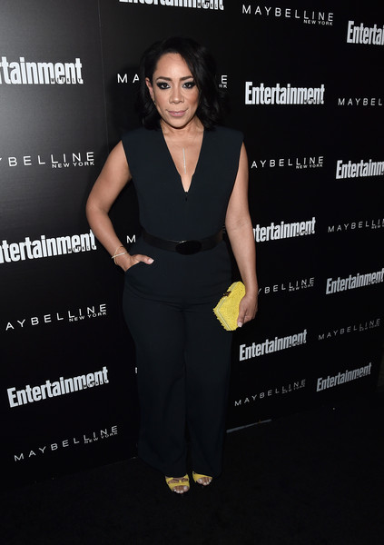 Selenis Leyva chose a simple black jumpsuit for the Entertainment Weekly celebration honoring the SAG nominees.